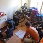 Hébergé chez une couchsurfeuse (Gemma), nous en profitons pour faire des prévisions sur notre date d'arrivé au Maroc
