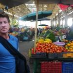 Le Souk d'Agadir et ses 4km² nous émerveillent par ses couleurs, sa grandeur, ses odeurs et la gentillesse de ses commerçants.