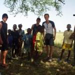 Nos haltes sont l'occasion de savourer la joie de vivre et la bonne humeur des enfants sénégalais.