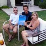 """C'est chez Brigitte et Jean-Yves, français expatriés à Buenos Aires, que nous sommes généreusement hébergés lors de notre semaine dans la capitale. L'émotion est forte lorsque Morgan trouve le livre """"Kim en Antarctique"""" dans leur bibliothèque. Un ouvrage qu'il a réalisé, édité et distribué en 2007 en hommage à cette aventure vécue par son père et ses 3 amis à la fin des années 70... """"Ce n'est pas le monde qui est petit, c'est le hasard qui est grand"""" aimait nous rappeler Jean-Yves ;)"""