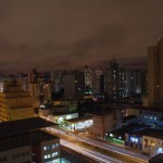 """Curitiba. Située à 1000m d'altitude et appelée """"Cité-modèle de l'Amérique latine"""" elle est un exemple de planification du développement urbain, avec notamment l'invention du métro de surface."""