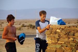 Lessive dans le Sahara