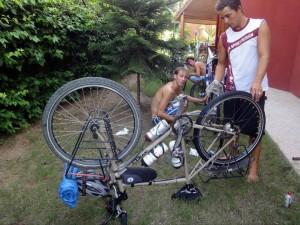Contrôle et nettoyage des vélos
