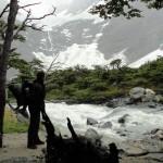 En dehors de la Terre de Feu la Patagonie abonde de rivières et torrents de toutes tailles. Cela nous facilite bien la vie : boire, se laver, cuisiner, faire la vaisselle... tout est plus simple, pas besoin de charger nos mules.