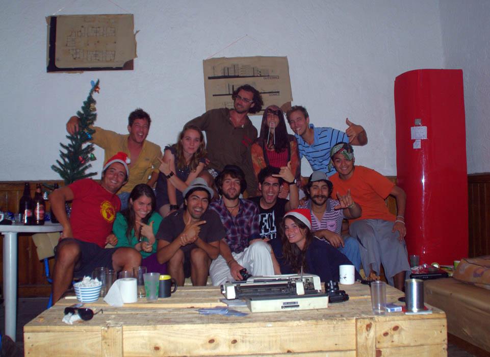 Montevideo, Uruguay. 5 jours au TOP dans cette auberge espagnole !!! Entre français, chiliens, mexicains et uruguayens nous découvrons Montevideo de la meilleure des manières :)