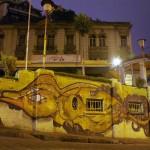 """La capitale culturelle du Chili. Musiciens et fresques artistiques ornent chaque coin de rue dans l'ensemble de la ville. Réprimée durant les années """"Pinochet"""", celle-ci a un réel besoin d'expression. Les jeunes n'hésitent pas à sortir pour manifester, avec l'exemple des précédents évènements contre le projet """"HidroAysen"""" de mi-Mai dernier."""