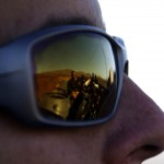 C'est depuis la benne d'un camion que nous contemplons l'immensité du désert d'Atacama