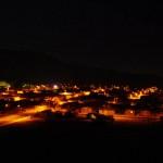 Le petit village de Domeyko est un village minier. Cette activité est prédominante dans l'Atacama, notamment grâce aux grandes réserves naturelles de fer et de cuivre dans cette région.