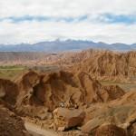 Vue sur la chaîne de montagne nous séparant de la Bolivie. Plus pour longtemps...