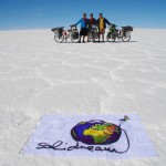 Salar de Uyuni. Just cross it