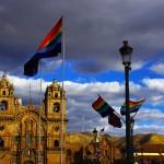 Cuzco, Pérou. Une ville touristique mais dans laquelle nous avons apprécié vadrouiller avec nos seuls sac à dos pour changer nos habitudes, en compagnie de Mathilde, qui nous a rejoint de France.