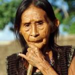 Joanna, de son nom portugais, est la doyenne de la communauté indienne « Tupiguarani Tenharin» que nous avons rencontré sur la route et qui nous a accueillis deux nuits. Elle a bien un nom dans la langue locale, le Tupiguarani, mais assez complexe et nous ne nous en souvenons plus…