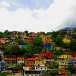 Ces jolies couleurs pourraient abriter un quartier chaud, proche de Caracas, une des 10 villes les plus dangereuses du monde. Le Venezuela n'est pas un pays sûr.