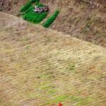 A l'aplomb d'un sommet, nous avons une vue superbe sur les paysans colombiens