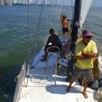 La 5 Novembre 2011 nous quittons Cartagena, la Colombie et, avec ça, l'Amérique du Sud. C'aura été une année complète sur ce continent riche et attachant. Nous sommes partagés entre nostalgie et excitation à l'idée de ce qui nous attend pour les semaines et mois qui suivent... Mais il faut savoir vivre dans le présent et profiter de chaque instant. L'heure est à la traversée des Caraïbes, la découverte des îles San Blas et des Indiens Kunas sans oublier les instants que nous allons partager avec Alain, notre capitaine. Un homme, un marin que nous allons, pour notre plus grand plaisir, apprendre à connaitre.