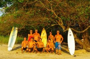 Retrouvailles avec la famille sur la plage Avellanas