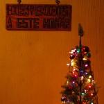 L'ambiance des fêtes de fin d'année est partout où nous passons. Ici, alors que nous sommes accueillis chez des gens au Guatémala, l'ambiance de Noël règne.