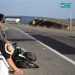 Deuxième jour d'auto-stop dans le Sud du Mexique. Suite à la casse du pédalier de Brian, nous avons déjà grimpé dans plus de dix 4x4 pour avancer de quelques centaines de km... nos vélos sont encombrants et nous sommes trois mais les mexicains assurent et nous donnent un sacré coup de pouce.