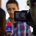 """Brian interviewé sur le projet Solidream pour la chaîne """"TV Azteca"""" à Culiacan. Ce reportage obtiendra une couverture dans tout le Mexique."""