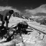 Les chutes, les pieds glacés et un rythme très lent ont raison d'Etienne. Il découvre doucement les moments forts mais aussi les vraies difficultés qui se cachent derrière nos photos et vidéos.