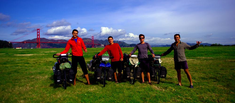 Le 26 mars 2012, après une dizaine de jours hébergés chez Anthony et à vadrouiller dans les rues escarpées et colorées de San Francisco, nous disons au revoir à nos nouveaux amis, empruntons le Golden Bridge et filons vers le Nord...
