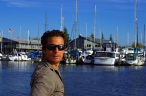 Morgan ému sur les quais du port de plaisance d'Olympia