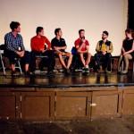 """Solidream sur scène à Filmed By bike. Ce festival de film nous a permis de présenter notre film """"490 jours autour du monde"""" ainsi que notre projet. Quelle émotion de voir nos images dans une salle de Cinéma et d'écouter la réaction des gens pendant et après le film lors des 3 soirées de projection. Aussi ce fut l'occasion pour nous de rencontrer d'autres réalisateurs de films sur le thème du vélo particulièrement talentueux."""