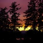 Minuit, juin 2012, Highway 37, British Columbia, Canada.