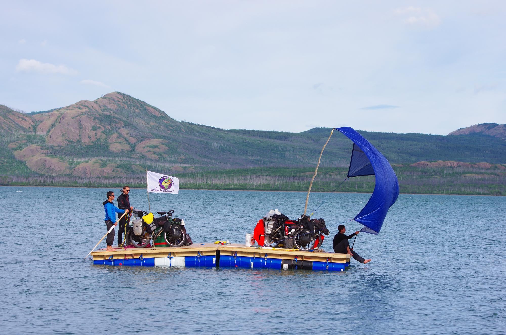 La Lac Laberge avec notre radeau