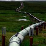 Cet oléoduc, ou pipeline en anglais, traverse l'Alaska du Nord au Sud sur plus de 1300km. Le pétrole est acheminé de Prudhoe Bay vers Valdez pour être ensuite raffiné puis vendu à la pompe.