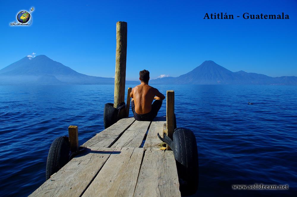 Lieu exceptionnel d'Amérique centrale : le lac Atitlan.