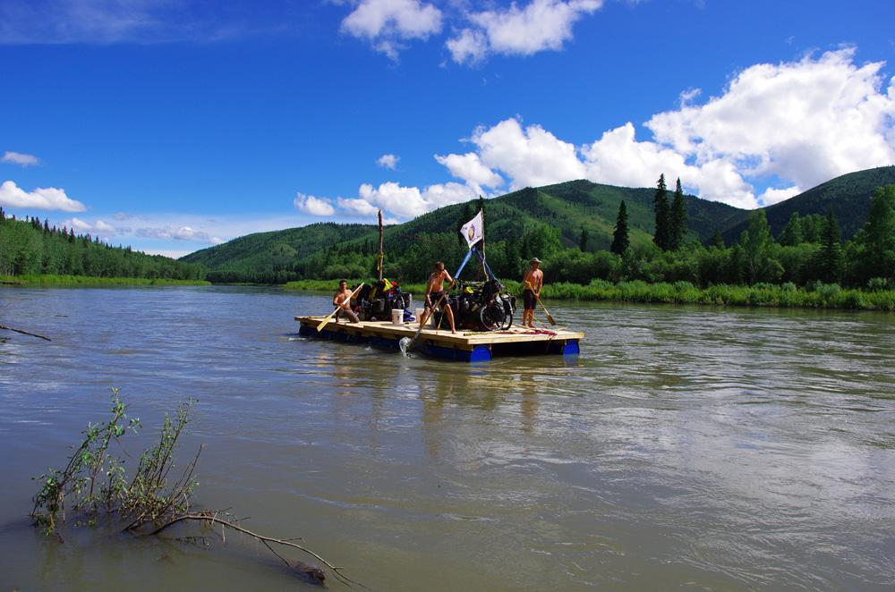 Le Yukon en radeau