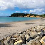 Les plages de Nouvelle Zélande sont pour la plupart tranquilles, vous ne verrez pas ici un afflux de touristes prêts à dégainer pelles, seaux, crème solaire et serviettes. De plus, c'est l'hiver ici en ce moment donc nous sommes seuls à profiter du spectacle.