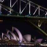 Les deux éléments qui ramènent un maximum de touristes dans cette ville : le Harbour Bridge et, juste à côté, l'opéra de Sydney mondialement connu. Nous n'avons pas échappé à la règle ! Etienne et Brian sont hébergés à Cremorne au nord de la ville et passent sur le pont à vélo quasiment tous les jours pendant nos 3 semaines de séjour.