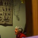Shirley est un contact qui nous a été donné lorsque nous étions en Nouvelle Zélande. Elle a accepté de recevoir notre matériel. Cette octogénaire nous accueille chez elle une nuit et nous lui préparons un bon repas. Elle nous raconte comment l'Australie a vécu la seconde guerre mondiale, elle qui l'a vécue. Nous nous taisons et écoutons la sagesse parler. — in Adelaide.