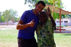 Rencontre heureuse avec un habitant natif d'Australie