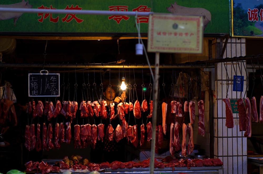 Le marché dans un des quartiers de Chengdu.