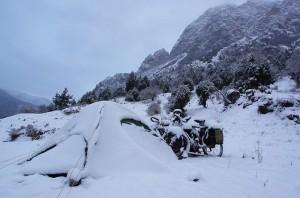 La tente sous la neige au petit matin