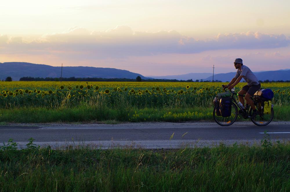 Pour en savoir plus sur les aventures de Lukas, voici son site web : http://lukas.lu/