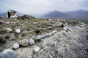 Près de la réserve de Zorkul, une ancienne tour de gué dé l'époque soviétique sert de mirador aux militaires tadjiks.
